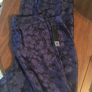 Liz Claiborne pants. NWT. 12. Purple and black.
